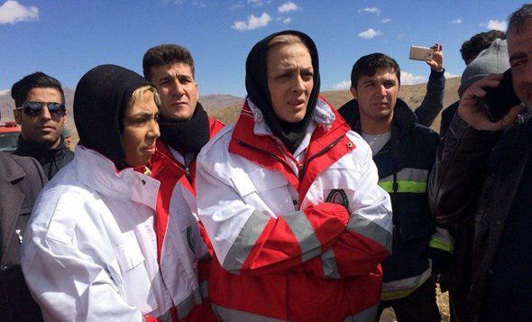 منصوریان برای یافتن هواپیما راهی کوه دنا شد +عکس