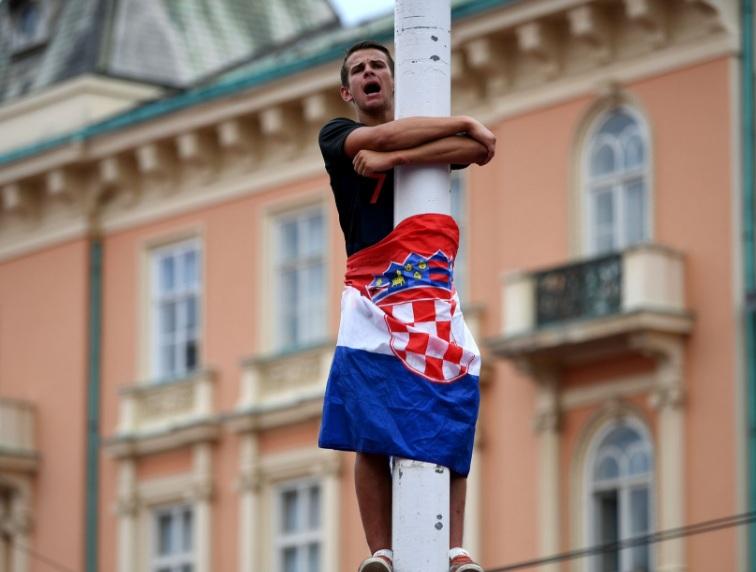استقبال گسترده هوداران کرواسی پس از نایبقهرمان تیمشان در جام جهانی+تصاویر